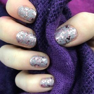 2/25 NEW Color Street Nail Capitol Hill Gray Pink